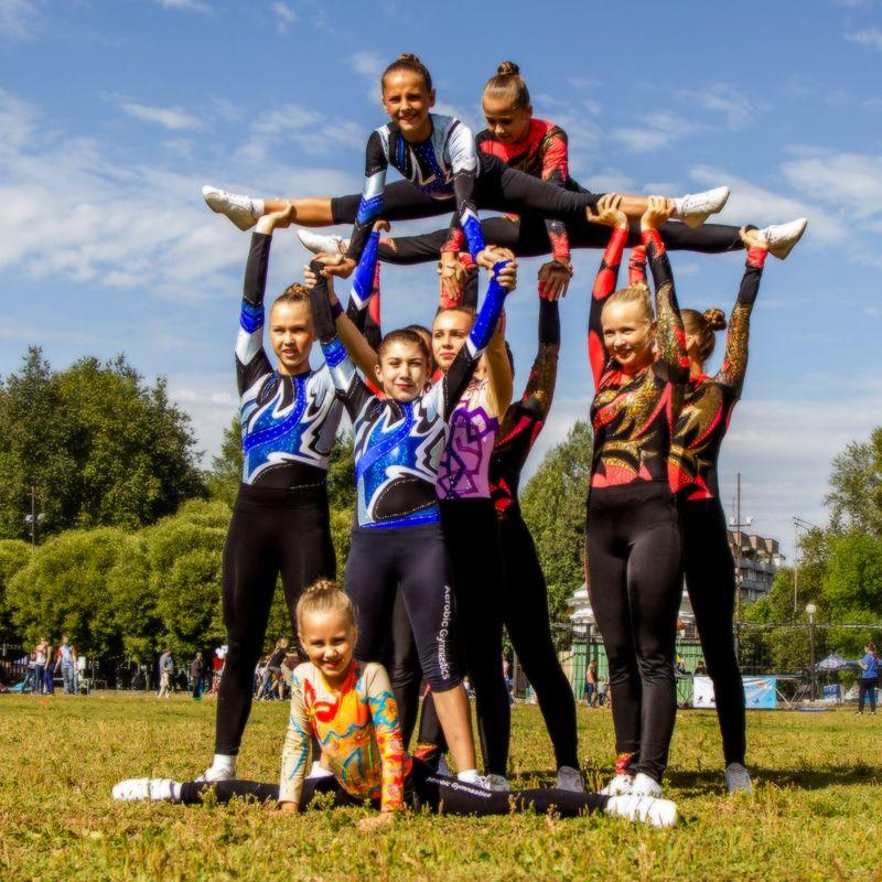 Cheerleader Team